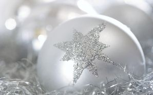 White Christmas Ball Christmas Ornaments