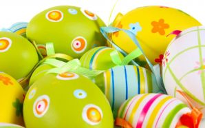 Free Lovely Easter Day Eggs Picture wallpaper