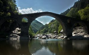 Beautiful Bridges wallpaper free - Devil's Bridge (Dyavolski)