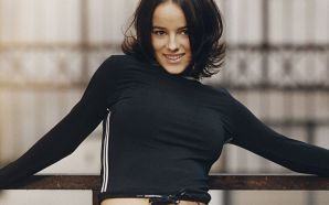 Alizee French singer beautiful girl